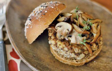 receita de hambúrguer de feijão e cogumelos