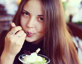 As Dificuldades de Quem Quer Comer Saudável