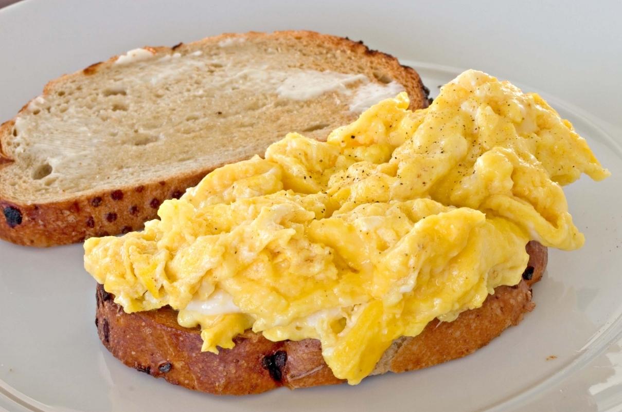 Ovos & Torradas