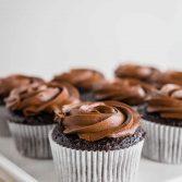 7 cupcakes de chocolate sem glúten